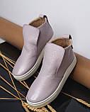 Женские лаковые высокие слипоны хайтопы Ankle slip лаванда, фото 4