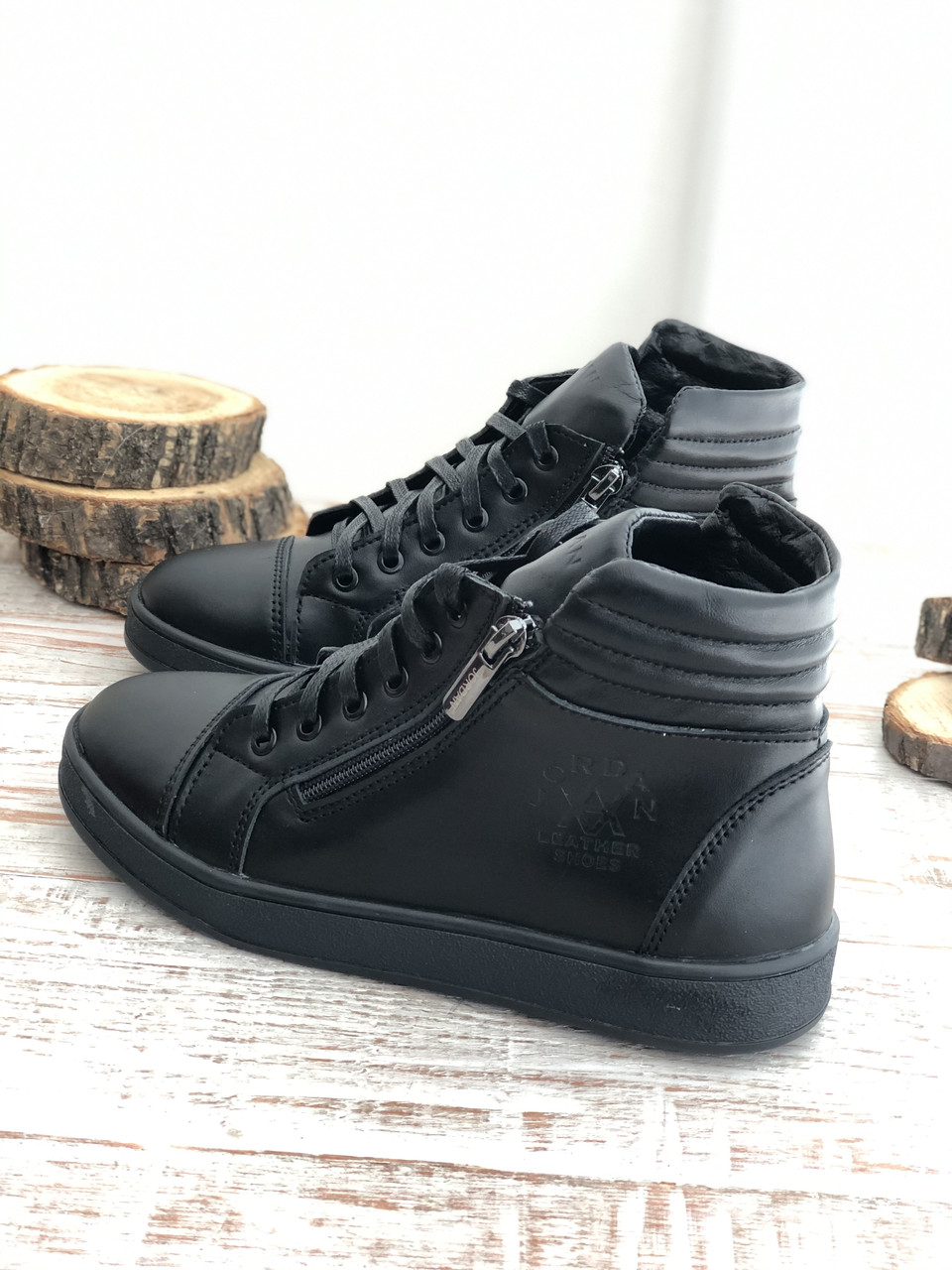 Кожаные Детские ботинки 7030 ч/к размеры 32-39