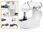 Портативная мини швейная машинка 4 в 1—12 функций mini Sewing Machine с адаптером 220 и педалью, фото 9