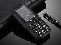 Защищенный противоударный кнопочный телефон Land Rover T3 (KUH T3) black