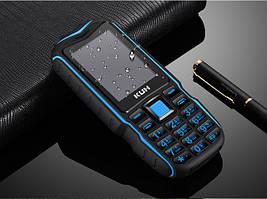 Захищений протиударний кнопковий телефон Land Rover T3 (KUH T3) blue