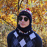 Мужской комплект набор вязаная шапка с бубоном и хомут шарф Tommy Hilfiger темно-синий Томми люкс реплика, фото 6