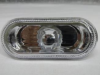 Левый (правый) указатель поворота Вольксваген Гольф V на крыле белый прозрачн. с белой вставкой без лампы