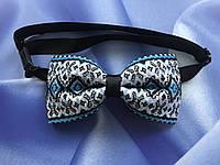 Краватка метелик з синім орнаментом в українському стилі, фото 1