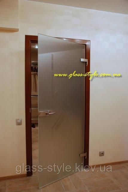 Стеклянные межкомнатные двери из массива - ООО «Гласс Стайл»: проектирование и изготовление стеклянных конструкций в Киеве