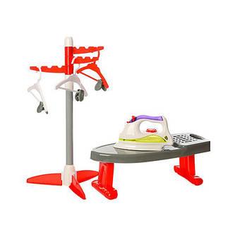Игровой набор бытовой техники Funny Iron Утюг и гладильная доска (6009N)