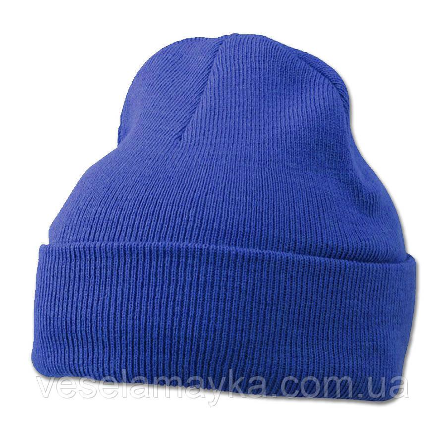 Синяя вязаная шапка с отворотом
