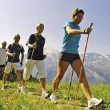 Скандинавська ходьба: що це за спорт і чому він не тільки для бабусь.  Пояснює інструктор