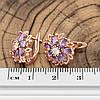 Серьги Xuping 27528 размер 14х14 мм вес 3.1 г фиолетовые фианиты позолота РО, фото 3
