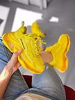 Женские жёлтые кроссовки на многослойной подошве BALENCIAGA TRIPLE S Full Yellow