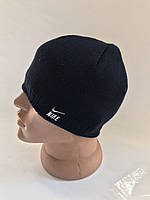 Стильная   мужская шапка с лейбой  двойная вязка с флисовой подкладкой, фото 1