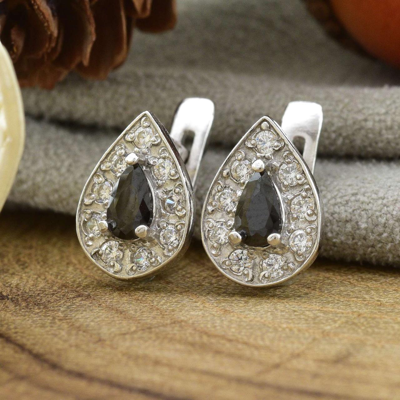 Серебряные серьги Каролина размер 10х8 мм черные фианиты вес 2.4 г