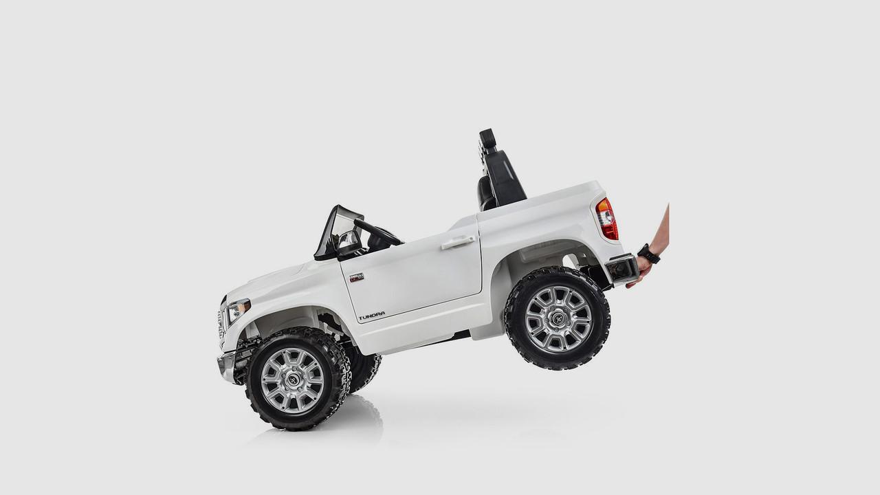 Электромобиль джип. JJ2266AEBLR-1. Кожаное сиденье. 2 мотора. Белый