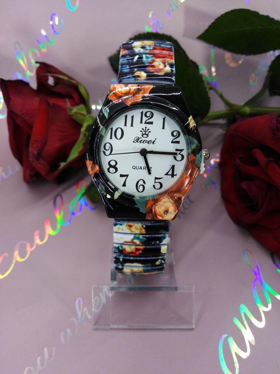 Наручные женские часы Xwei яркие стильные часики