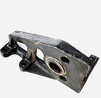 Кронштейн ЗИЛ-130 тормозной камеры или кулака разжимного левый / обычный мост / 130-3502121., фото 1
