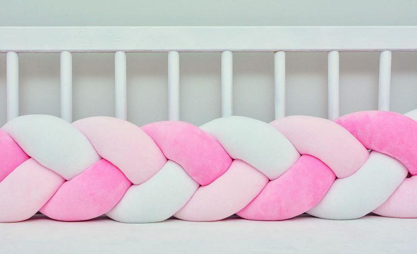 Бортик в кроватку Хатка Косичка Розовый-Персиковый-Белый