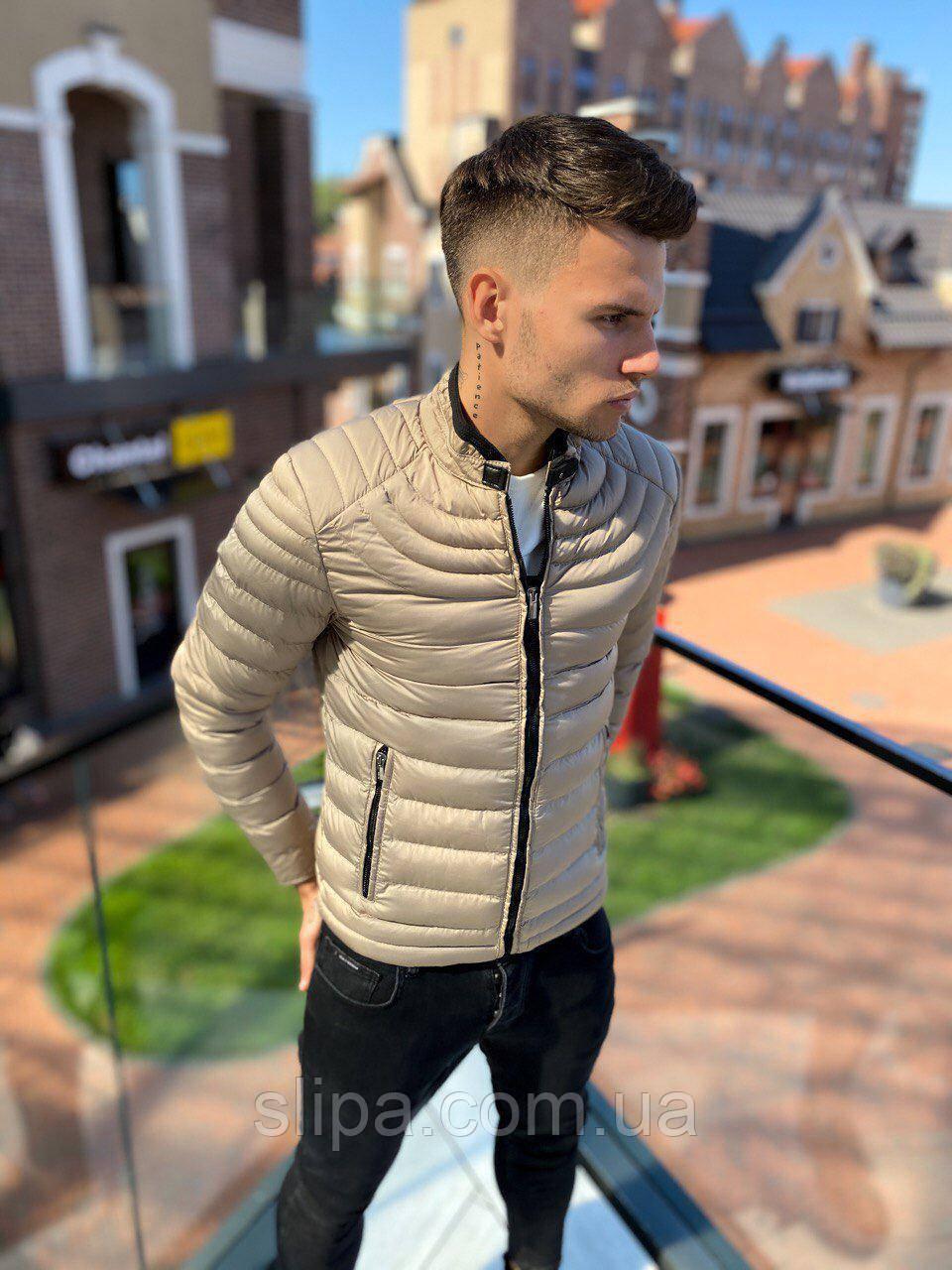 Чоловіча зимова куртка біла