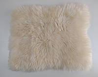 Натуральная накидка из овeчьeй шерсти, 40 см * 40 см.