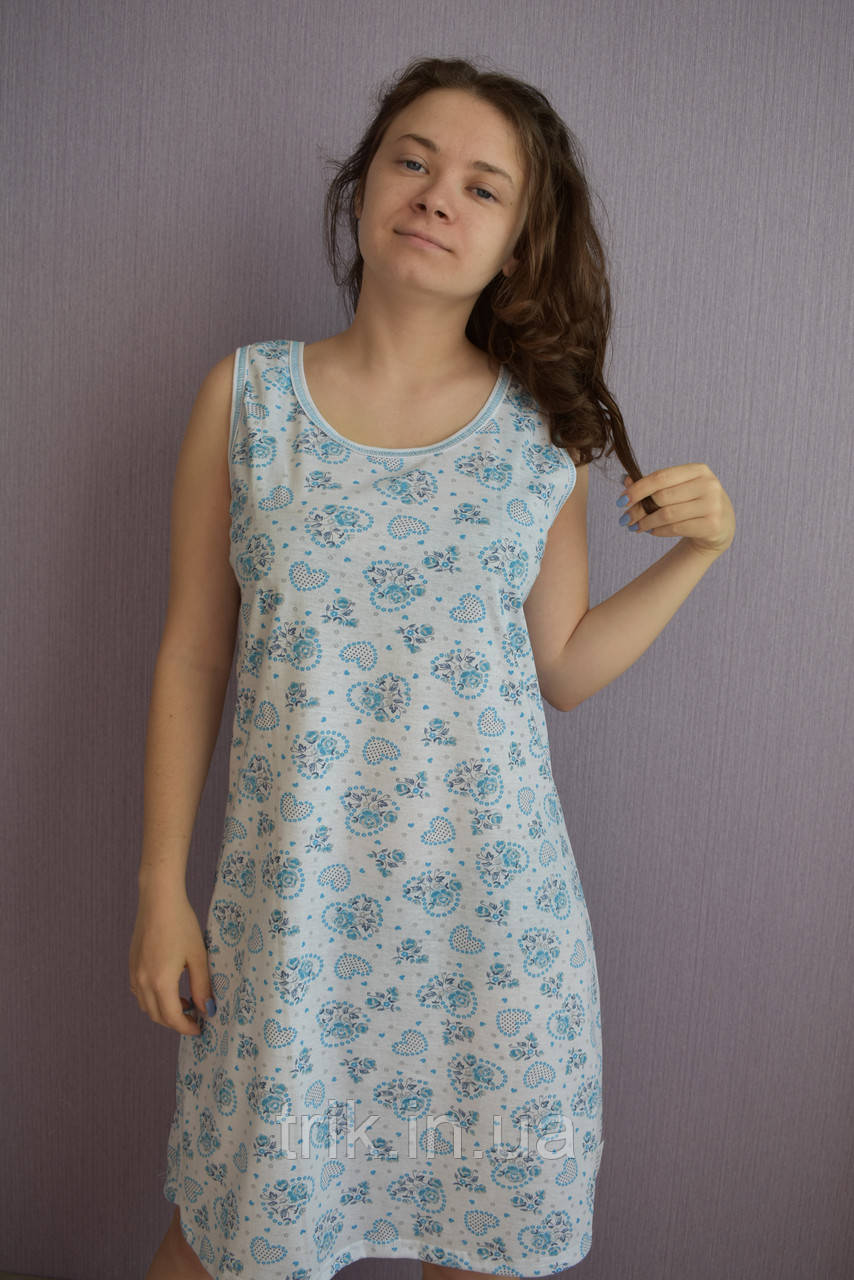 Простая ночная сорочка голубые сердечки