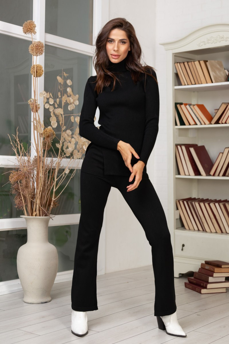 Женский вязаный костюм чёрный 42-46