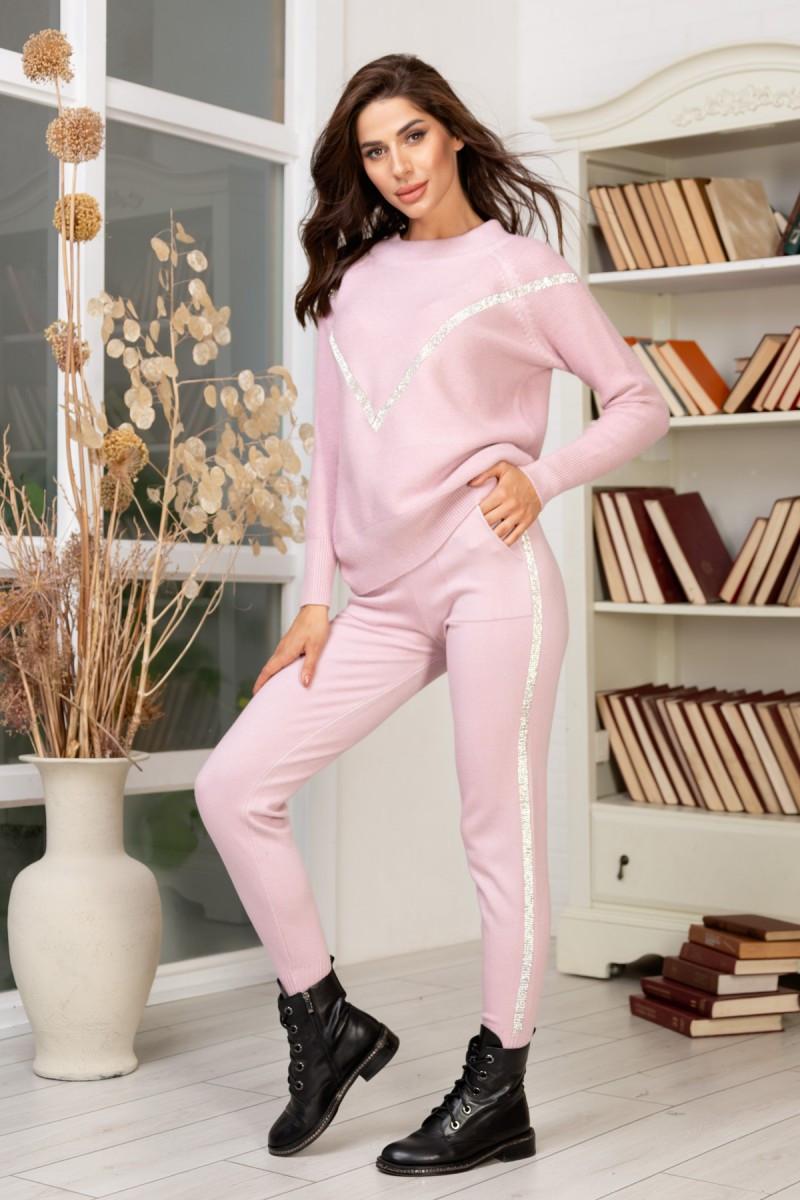 Вязаный костюм розовый 42-46