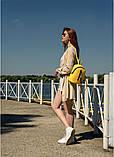 Модный женский небольшой желтый рюкзак городской, повседневный матовая эко-кожа, фото 4