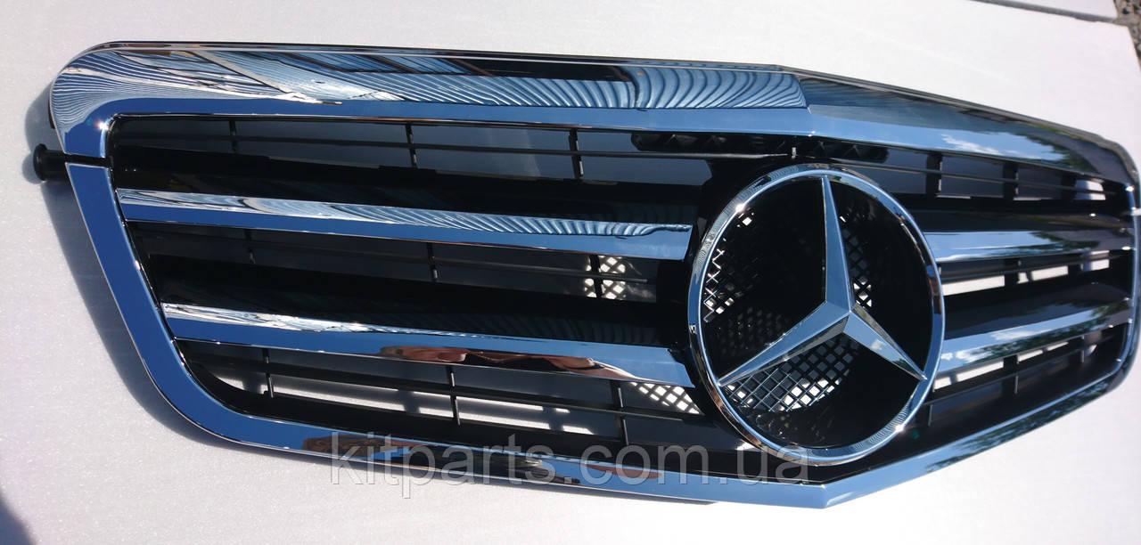 Решетка радиатора Mercedes W212 09-12 Classic