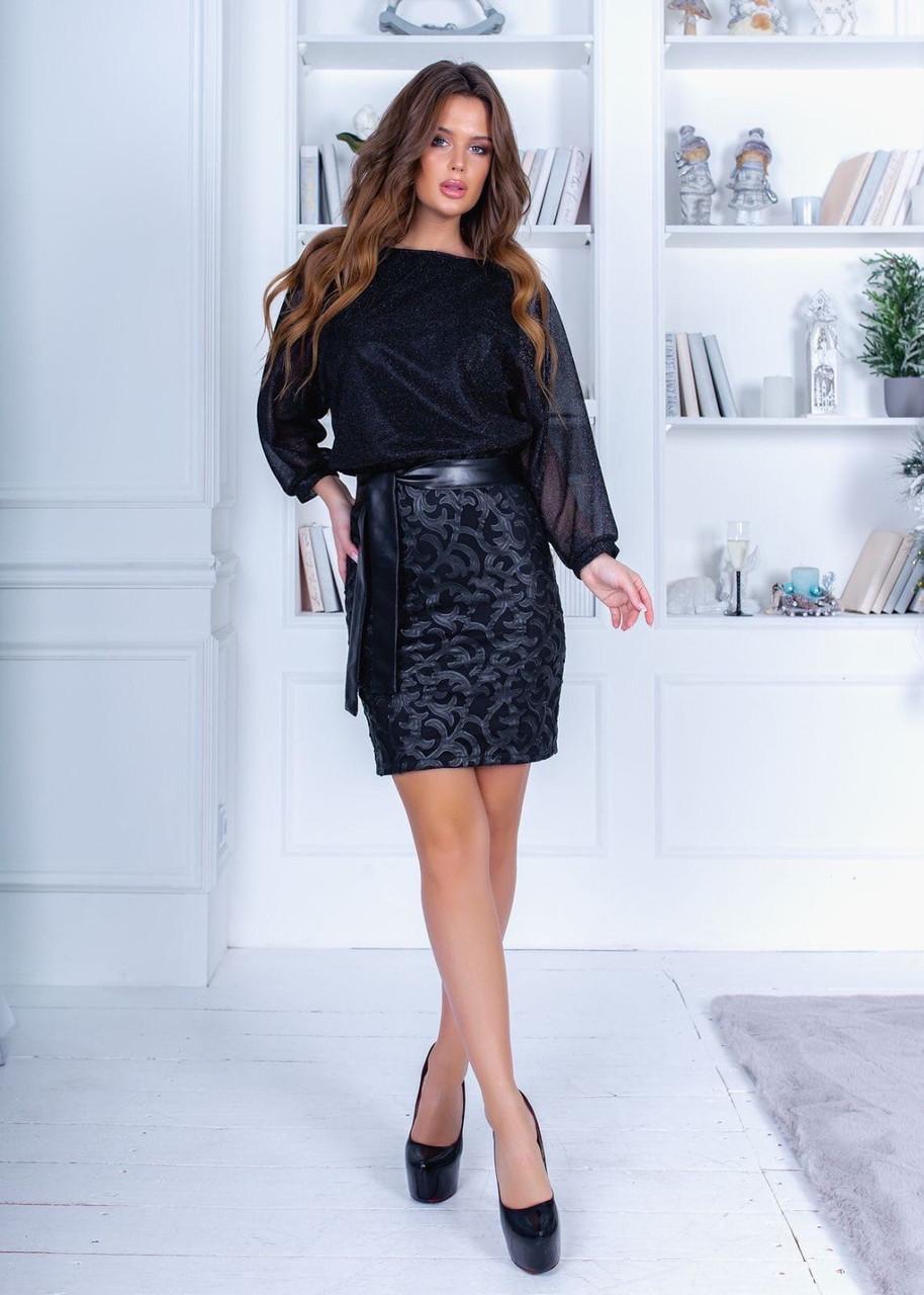 Эффектное чёрное платье с юбкой-карандаш