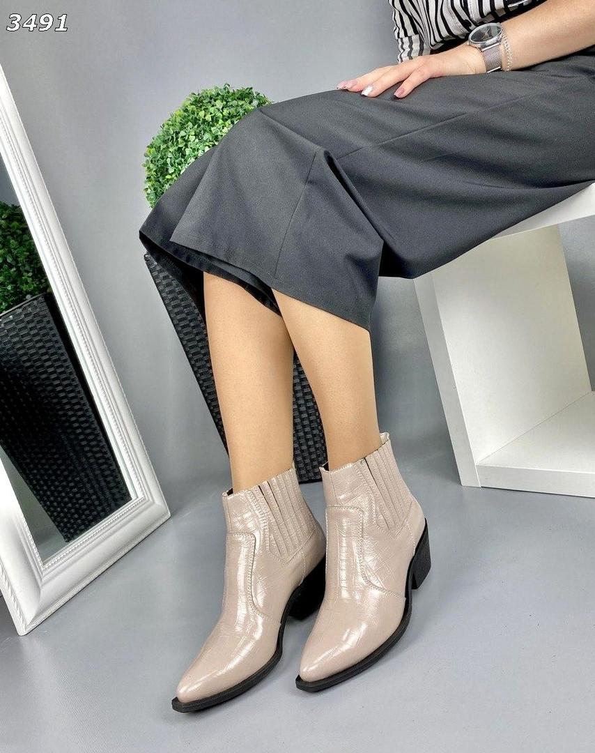 Женские зимние кожаные Ботинки KOZAKI