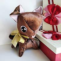 Распродажа!Мягкая игрушка Собачка Той терьер.Высота- 23 см. Выполнена из велюра, глаза из фетра.Ручная работа