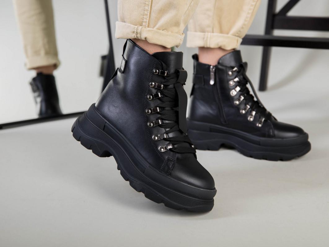 Ботинки женские кожаные черные на шнурках зимние