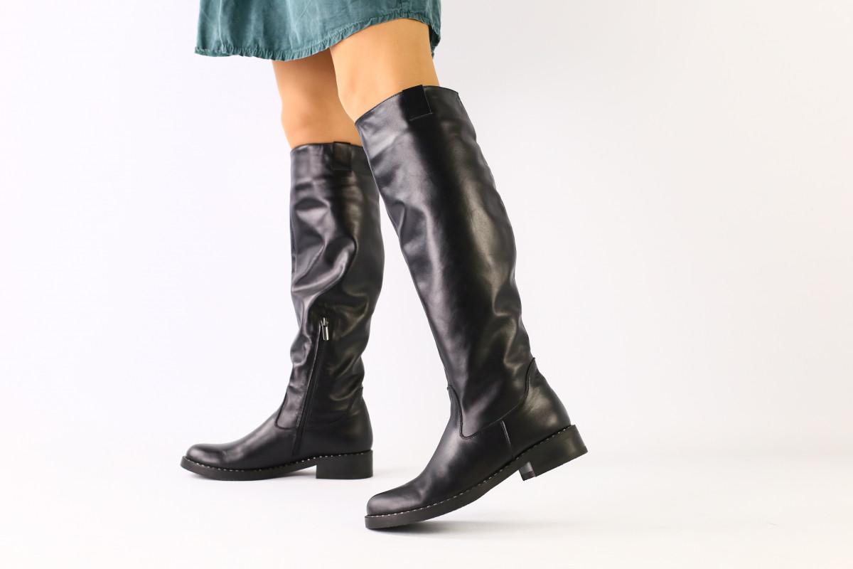 Женские черные кожаные сапоги зима 36
