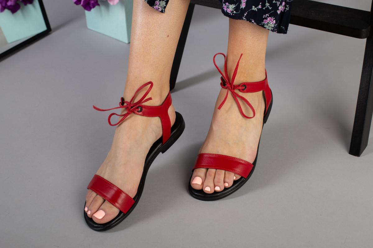 Женские босоножки на низком ходу, кожаные, красные 36