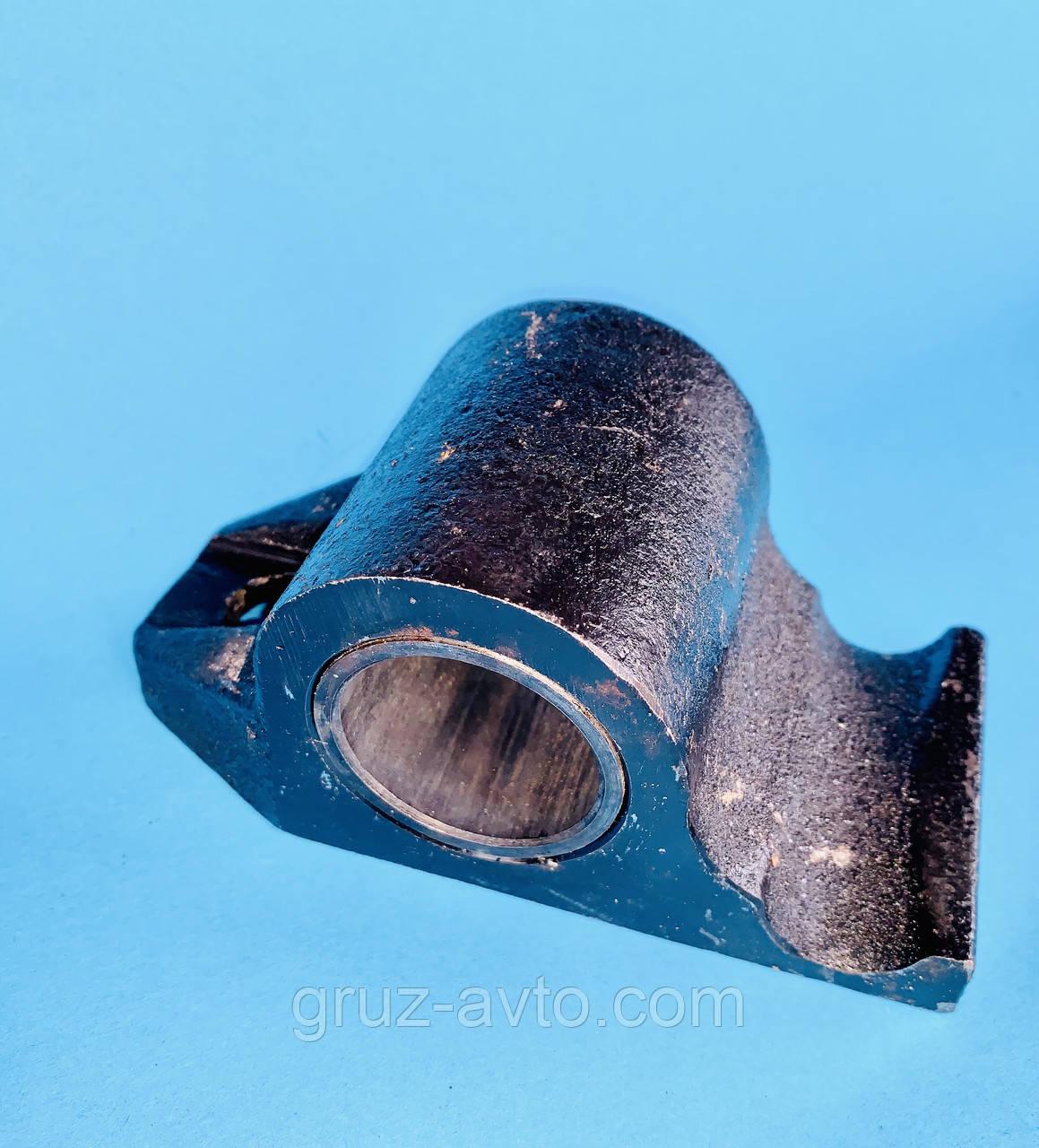 Вушка задньої ресори з втулкою ЗІЛ-130 / 130-5711482218