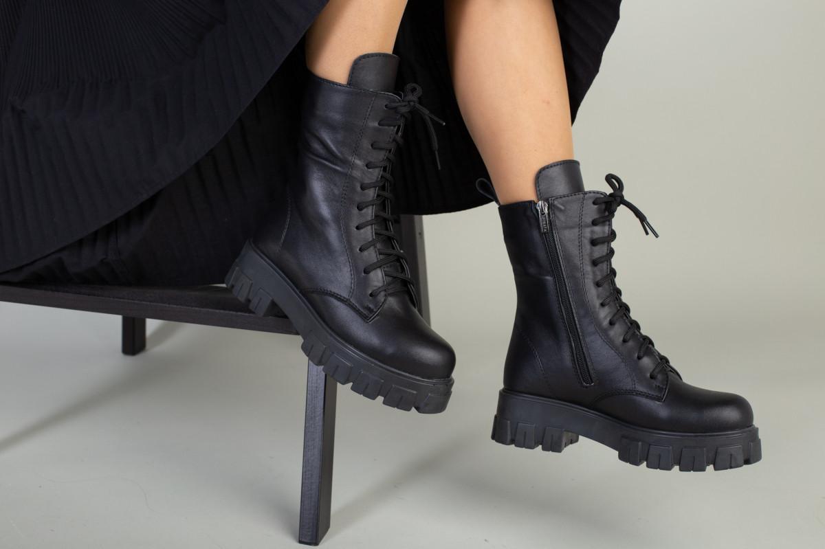 Ботинки женские кожаные черные на шнурках и с замком зимние