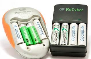 Акумуляторні батарейки і зарядки до них