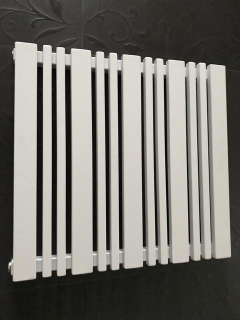 Горизонтальные дизайнерские радиаторы