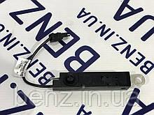 Усилитель антенны / заграждающий контур правый W212 рестайлинг A2048702589