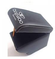 Підлокітник Daewoo Lanos з логотипом чорний