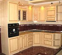 Кухни с фасадами  рамочного  патинированного МДФ