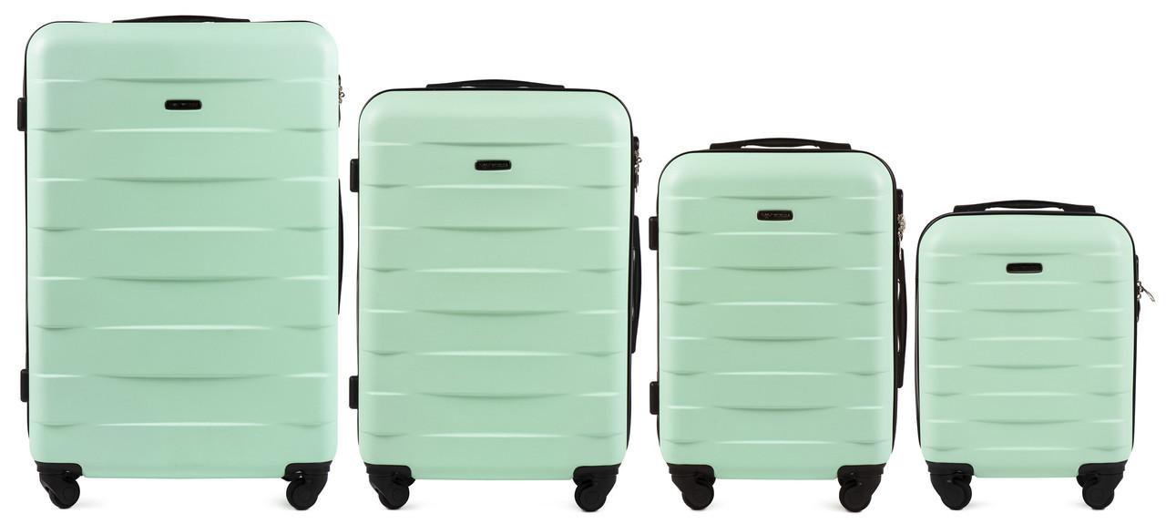 Набор чемоданов 4 штуки в 1 Wings 401 на 4 колесах Мята