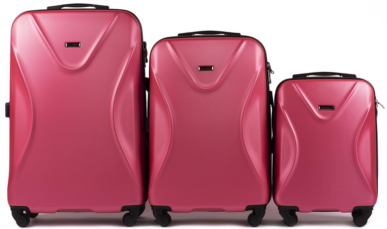 Набор чемоданов 3 штуки в 1 Wings 518 на 4 колесах Коралловый