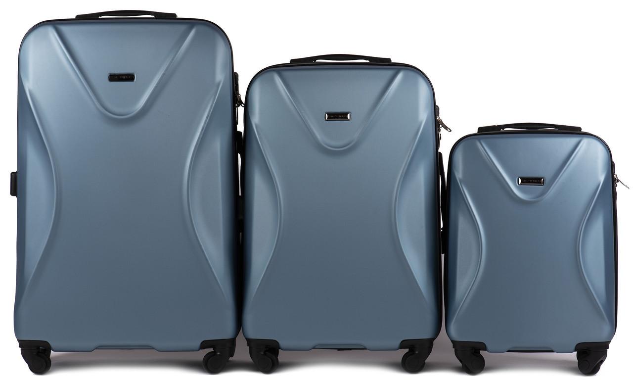 Набор чемоданов 3 штуки в 1 Wings 518 на 4 колесах Голубое серебро