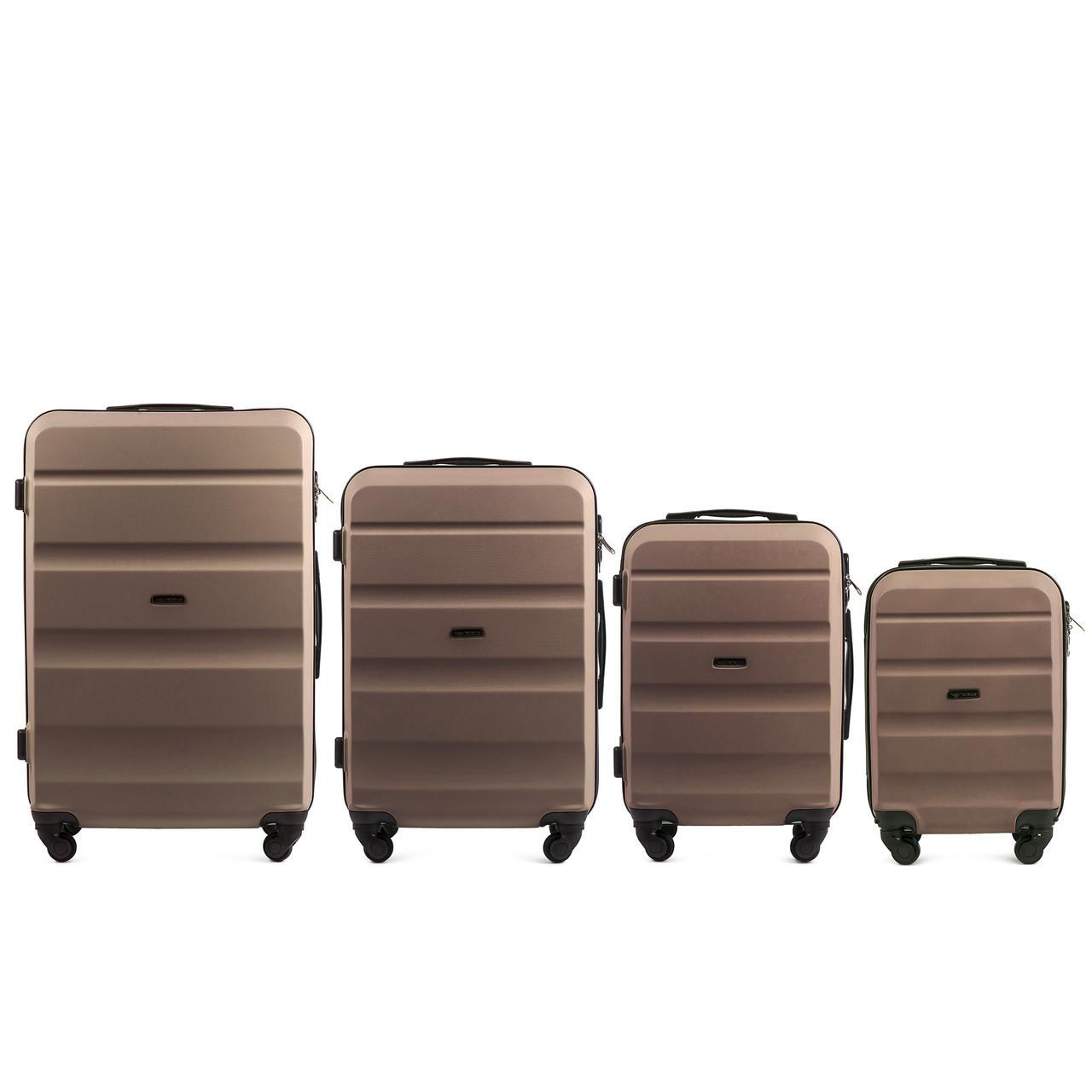 Набор чемоданов 4 штуки в 1 Wings AT01 на 4 колесах Шампань