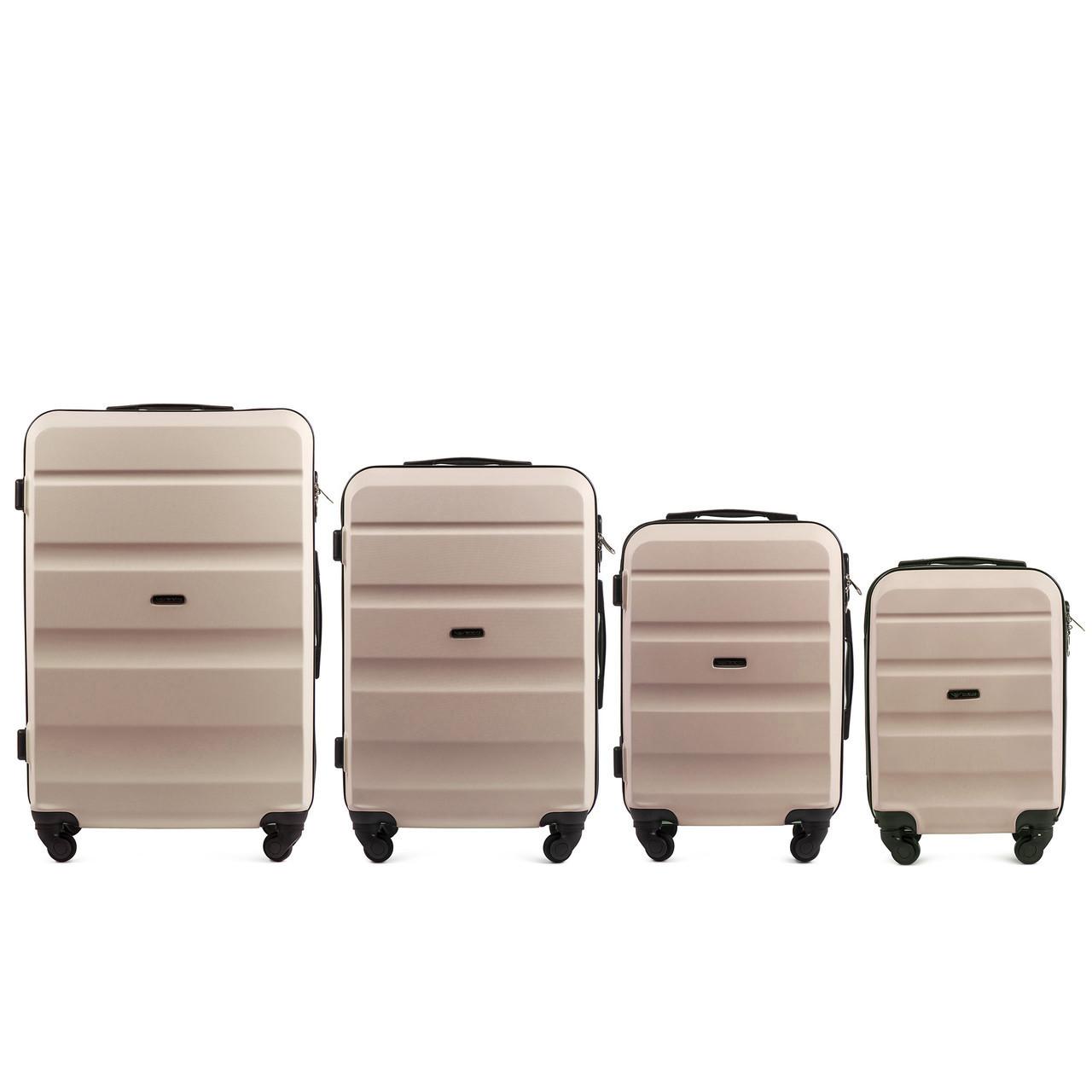 Набор чемоданов 4 штуки в 1 Wings AT01 на 4 колесах Кремовый