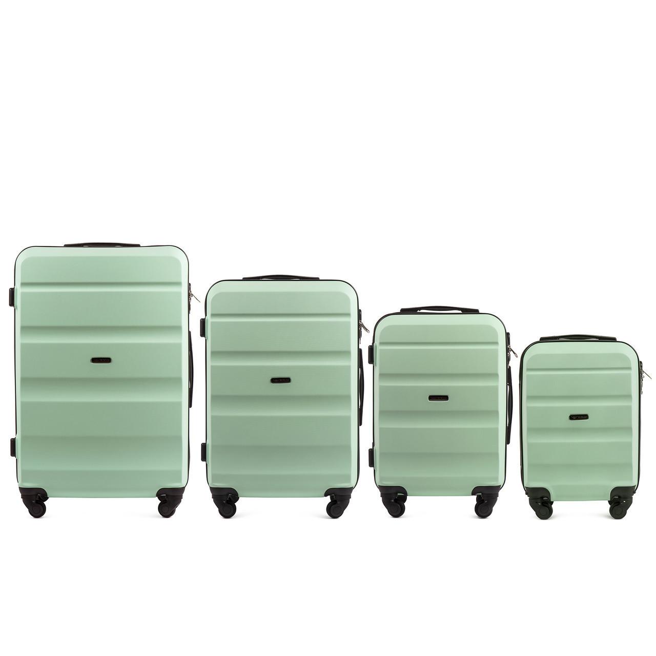 Набор чемоданов 4 штуки в 1 Wings AT01 на 4 колесах Мятный