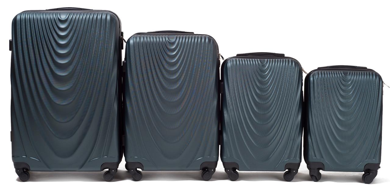 Набор чемоданов 4 штуки в 1 Wings 304 на 4 колесах Темно-зеленый