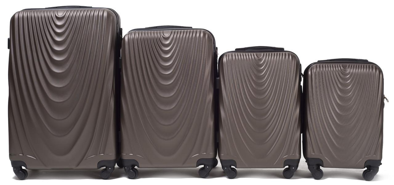 Набор чемоданов 4 штуки в 1 Wings 304 на 4 колесах Кофе
