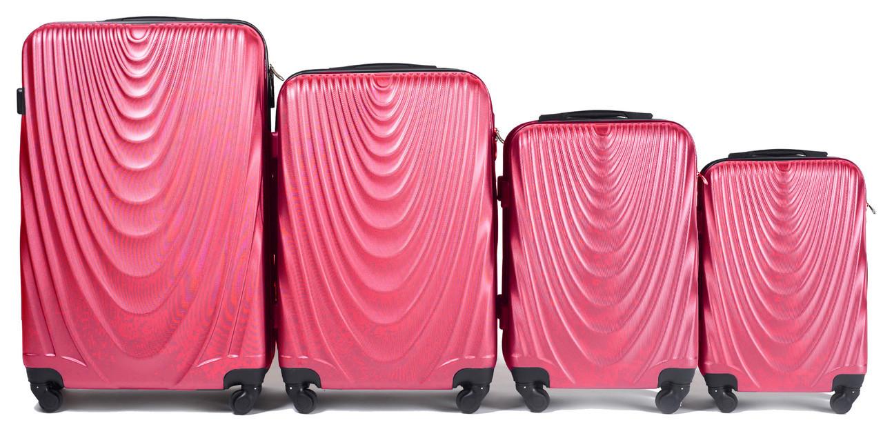 Набор чемоданов 4 штуки в 1 Wings 304 на 4 колесах Коралловый