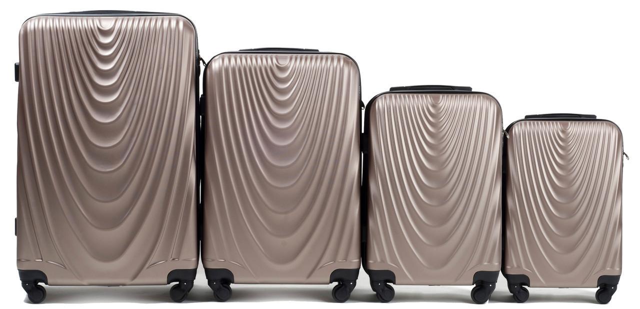Набор чемоданов 4 штуки в 1 Wings 304 на 4 колесах Шампань